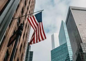 Amerykańskie cła i obiecujące dane z Niemiec pozwalają odbić się w górę indeksom giełdowym. DAX w górę o poranku. Sprawdzamy też kursy walut euro, dolara i funta