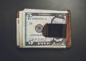 Analiza kursu dolara do franka USD/CHF – zatrzymanie pod oporem