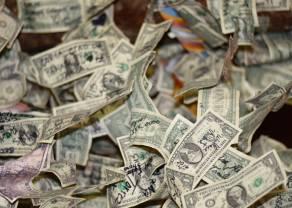 Analiza techniczna, która nie działa na przykładzie pary euro do dolara EUR/USD. Klasyczna strategia MACD