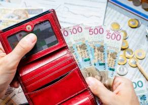 BADANIE: Nastroje konsumentów nadal są kiepskie. Ponad 40% Polaków wciąż ogranicza wydatki zakupowe