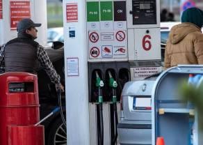 BADANIE: Polacy chcą promocji na alkohol na stacjach benzynowych. Ceny paliw schodzą na drugi plan