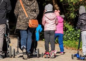 BADANIE: Polacy mocno podzieleni w sprawie zakazu przemieszczania się w trakcie Wielkanocy