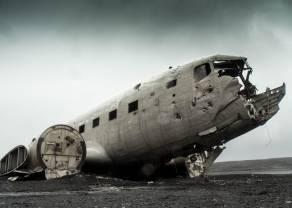 Czy czas na ewakuację? Boeing spada wskutek problemów z modelem 787