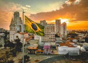"""Brazylia: ,,spichlerz świata"""", którym potrząsa prezydent i pandemia"""