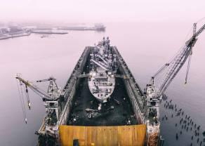 Cena ropy naftowej jest dotknięta wojną handlową? Jak ropa reaguje na eskalację konfliktu?
