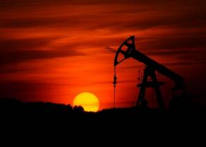 Cena ropy WTI nadal w trendzie spadkowym. Kolejny test na poziomie 53,70 dolarów USD