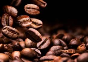 Ceny ropy naftowej w górę za sprawą spekulacji na temat interwencji USA. Notowania kawy dynamicznie zyskują