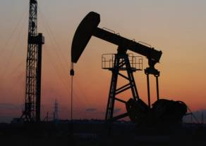 Coraz mniej ropy naftowej składowanej na tankowcach. Wyhamowanie zwyżek cen złota