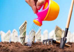 Dolar amerykański USD podobnie jak rentowność obligacji rośnie! Co dalej z inflacją w USA? - komentuje analityk TeleTrade Bartłomiej Chomka
