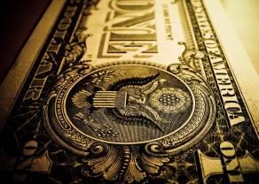 Dolar reaguje na spadek inflacji bazowej