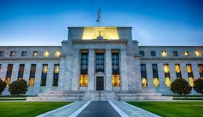 Dolar USD po minutkach Fed. Funt GBP najmocniejszą walutą. Co z kursami jena i franka?