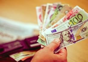 Dolar (USD) w górę. Kursy walut na rynku Forex w poniedziałek wieczorem