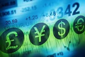 Euro (EUR), dolar (USD), frank (CHF), funt (GBP) i jen (JPY) na rynku Forex w poniedziałek wieczorem