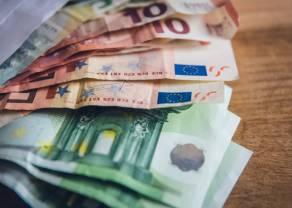 Euro (EUR) powyżej 4,41 złotego. Dolar przy 3,74 PLN. Frank blisko 4,08 zł. Kursy walut na rynku Forex