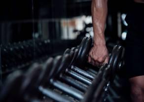 Fitness chce odzyskać formę, ale na razie zaległości rosną
