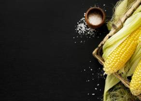 Globalny rynek towarów szaleje - Cena kukurydzy najwyżej od 2013 roku! Wzrost kursu ropy naftowej hamowany przez sytuację w Indiach