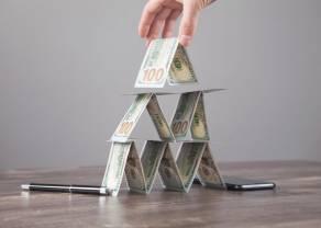 Idea Bank znacznie poprawia wyniki finansowe, a inwestorzy pozbywają się jego akcji