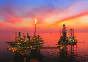 Ile dolarów kosztuje dziś baryłka ropy Brent oraz WTI? Ropa naftowa w oczekiwaniu na OPEC+