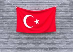 Ilu bankierów można zwolnić jednym dekretem? Tym razem aż trzech! Turecka lira w dół