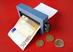 Inflacja wystrzela, NBP nie podnosi stóp procentowych, a polski złoty znacząco traci względem euro (EUR/PLN)