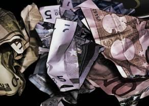 Jest porozumienie, kurs euro traci, a polski złoty zyskuje. Sytuacja na kursie EUR/USD
