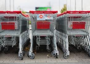 Końcówka roku w handlu: Polacy wybiorą głównie stacjonarne dyskonty i supermarkety