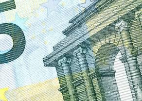 Konsolidacja na kursie euro w relacji do złotego (EUR/PLN). Piątkowe dane w centrum uwagi