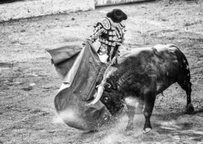 Kontrakty terminowe na WIG20: jak długo Byki będą się opierać presji powrotu do spadków?