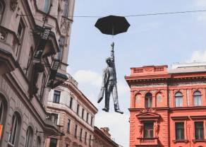 Korona czeska (CZK) najwięcej zyskuje względem polskiego złotego (PLN). Jak wypadły euro, dolar, frank i funt? Podsumowanie tygodnia na rynku Forex