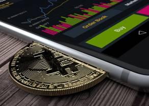 Kurs Bitcoina (BTC) mocno w górę! Kapitalizacja znanej kryptowaluty przekroczyła 1 bilion dolarów. Litecoin, Ethereum i Ripple też zyskują