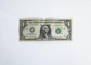 Kurs dolara jest mocny. Frank i jen w dół. Słabość australijskiej waluty. Sytuacja na rynkach
