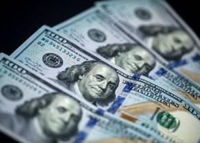Kurs dolara pod 3,80 złotego. Funt po 4,95 PLN. Komentarz walutowy – porozumienie jest, sceptycyzm pozostał