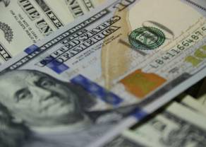 Kurs dolara poniżej 3,95 złotego. Euro się umacnia. Podatki w Polsce rosną