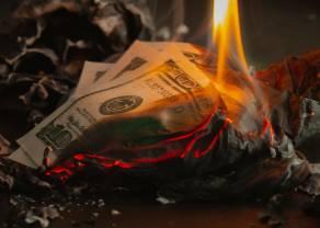 Kurs dolara spada poniżej 3,90 zł. Dobre dane z USA nie pomagają amerykańskiej walucie. Stabilizacja złotego