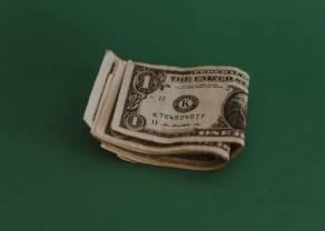 Kurs dolara umocnił się względem głównych walut.  Lepsze dane z USA. Co ze stopami procentowymi w Polsce?