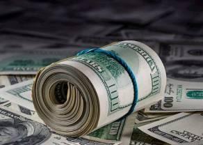 Kurs dolara (USD/PLN) w dół. Ile złotych kosztują euro, frank i funt?