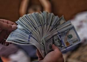 Kurs dolara w górę. Ile złotych zapłacimy za euro (EUR), funta (GBP), franka (CHF) i dolara (USD)?