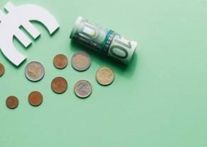 Kurs euro do dolara (EUR/USD) blisko poziomu 1,08. Duża zmienność na kursie euro EUR/PLN. Dzień na rynku
