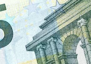 Kurs euro do dolara (EUR/USD) przy 3-letnich minimach. Frank przebił barierę 4 złotych. Polska waluta słabsza