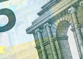 Kurs euro (EUR) do dolara (USD) zaczyna tydzień od korekty spadkowej. Wzrosty walut naftowych: korony norweskiej (NOK) i dolara kanadyjskiego (CAD)