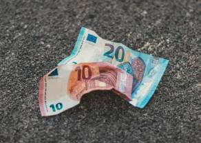 Kurs euro (EUR) wobec dolara (USD) w dół. EUR/PLN poprawia 10-dniowe minima