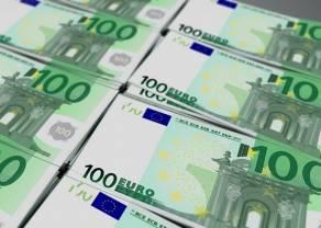 Kurs euro (EUR/PLN) dzisiaj w górę. Ile złotych zapłacimy za funta, dolara, franka i koronę czeską?