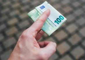 Kurs euro EUR/PLN zbliża się do poziomu 4,43 złotego. Kurs dolara (USD) dobije? Co z funtem (GBP)?