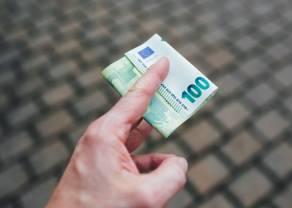 Kurs euro już nad 4,28 złotego. Dolar USD ponad 3,96 PLN. Komentarz walutowy – mieszane dane i powrót obaw