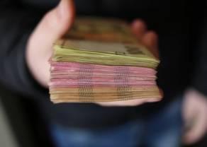 Kurs euro nad 4,25 złotego. Dolar USD po 3,80 PLN. Frank powyżej 4,86 zł. Co mówią dane z rynku pracy USA?