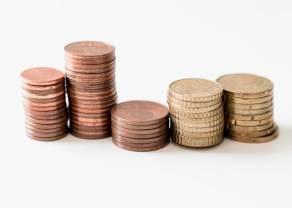 Kurs euro niemal na poziomie 4,44 PLN. Dolar nad 3,94 złotego. Frank powyżej 4,12 zł. Komentarz walutowy – napięcia w Azji umacniają jena