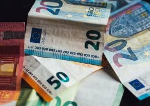 Kurs euro przy 4,53 złotego. Frank blisko 4,30 zł. Dolar po 4,16 PLN. Nieco optymizmu z USA