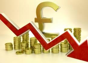 Kurs funta (GBP/PLN) mocno dzisiaj spada. Ile złotych kosztują euro (EUR), frank (CHF) i dolar (USD) w czwartek wieczorem?