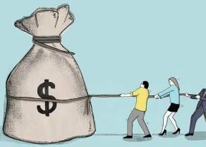 Kursy euro (EUR/USD) i funta (GBP/USD) w dół. Dolar nowozelandzki największym przegranym. Dolar amerykański umacnia się przed weekendem