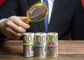Kursy walut o poranku (dolar, frank, funt, euro).  Czy niebieska fala wpłynie na kurs polskiego złotego (PLN)?